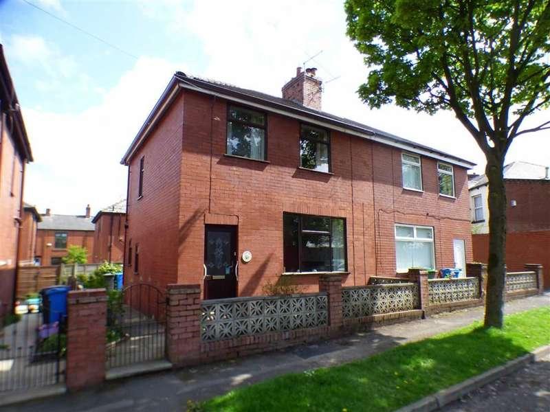 3 Bedrooms Property for sale in Jowett Street, Watersheddings, Oldham