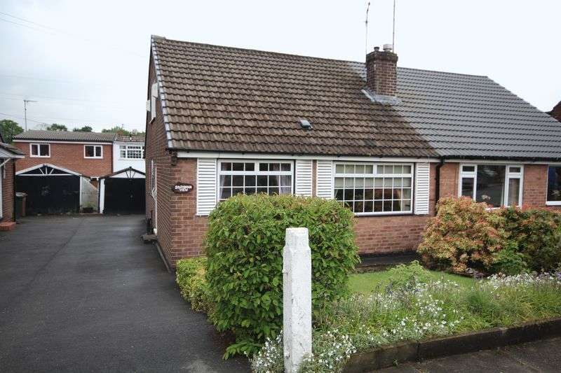 3 Bedrooms Semi Detached Bungalow for sale in MARLAND HILL ROAD, Marland, Rochdale OL11 4PQ