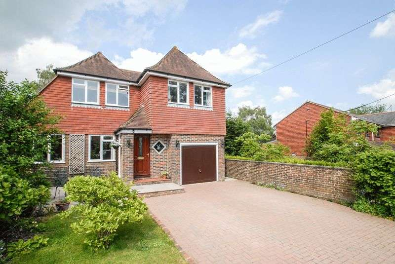 4 Bedrooms Detached House for sale in East Gardens, Ditchling