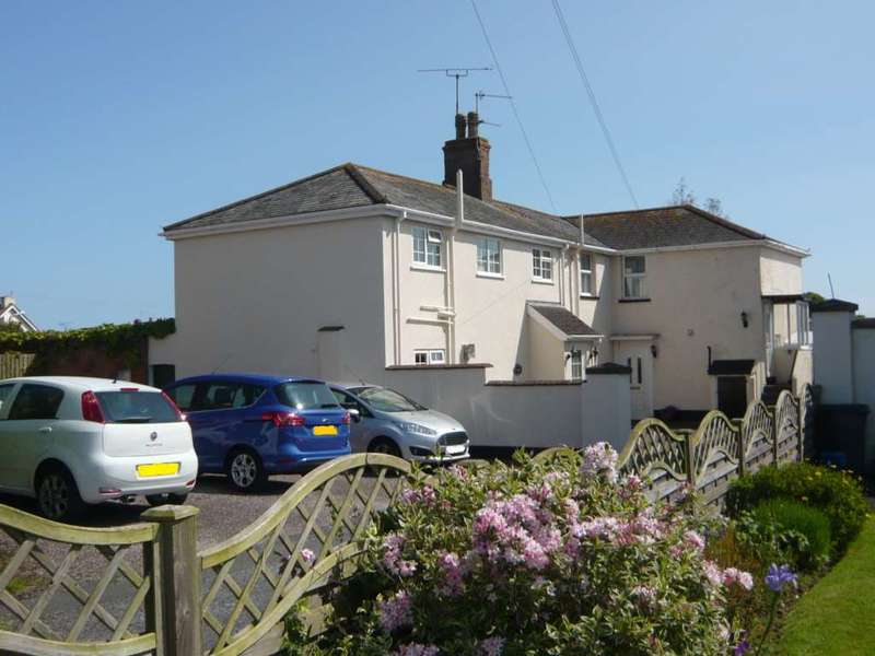2 Bedrooms Flat for sale in Cauleston Close, Exmouth