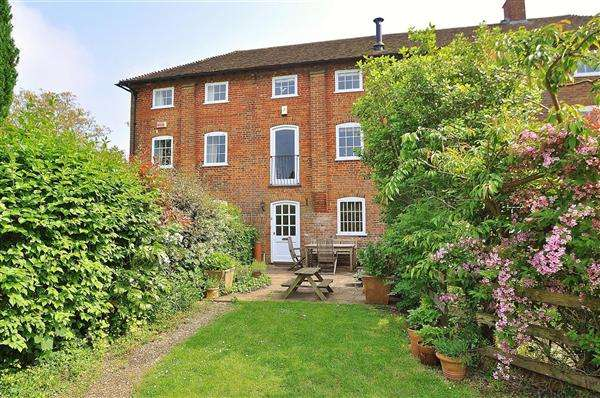 4 Bedrooms Cottage House for sale in Canterbury, Petham, CT4
