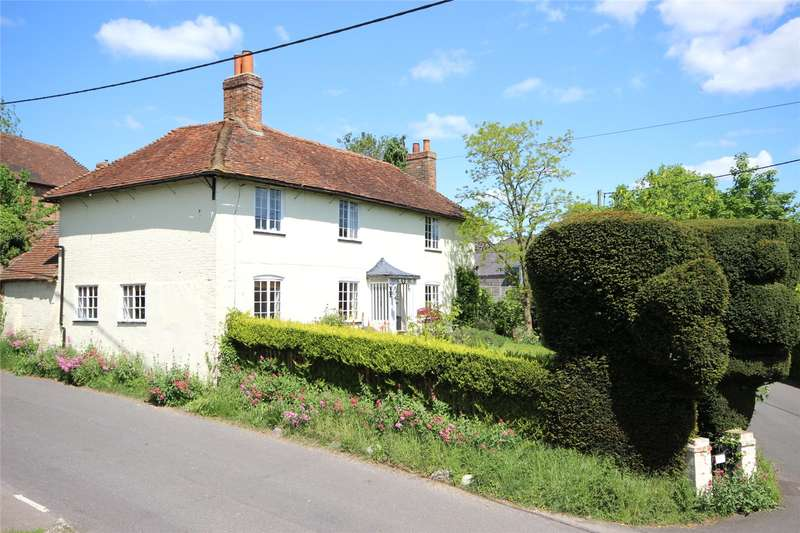 4 Bedrooms Detached House for sale in Gaston Lane, South Warnborough, Hook, Hampshire, RG29