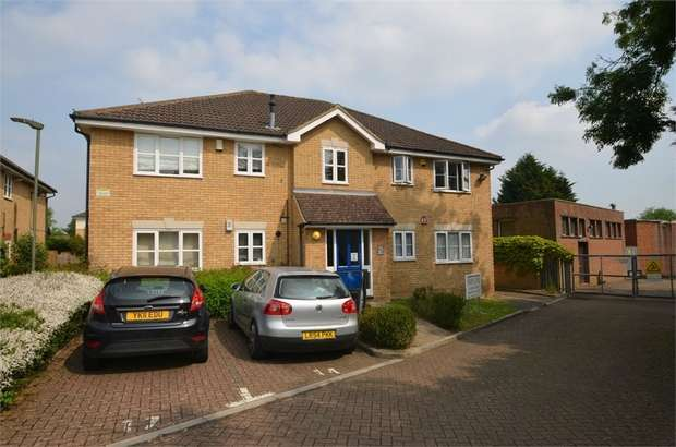 2 Bedrooms Flat for sale in Belgrave Close, Mill Hill