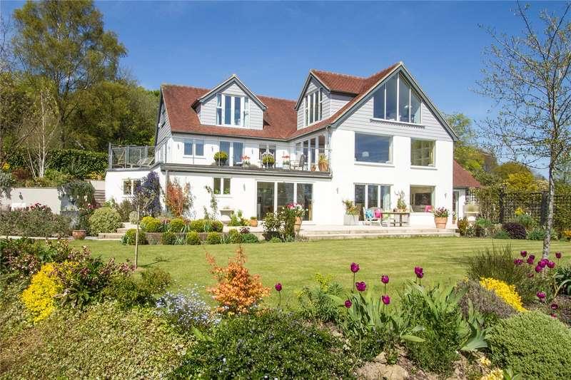 5 Bedrooms Detached House for sale in Hollihurst Road, Lodsworth, Petworth, West Sussex, GU28