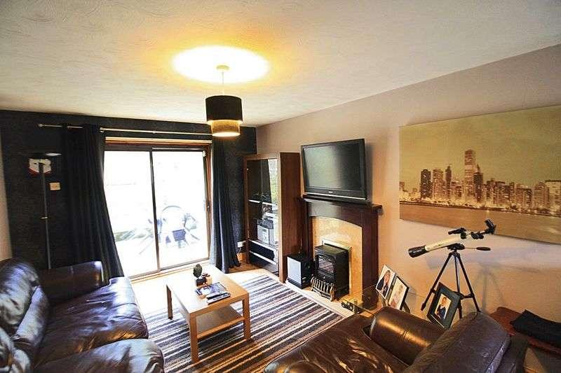 1 Bedroom Flat for sale in Bellingham Grove, Stoke-On-Trent