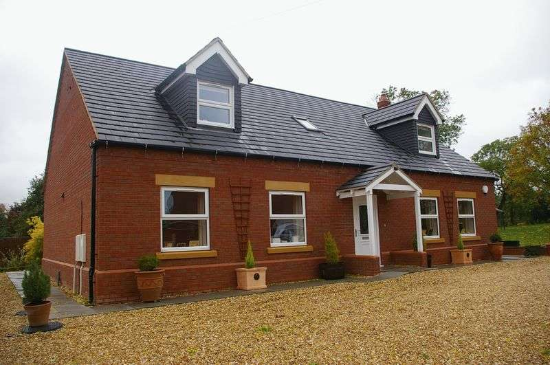 Property for sale in Station Road, North Thoresby