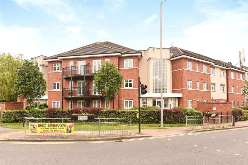 3 Bedrooms Apartment Flat for sale in Viewpoint Court, Elm Park Road, Pinner, Middlesex, HA5