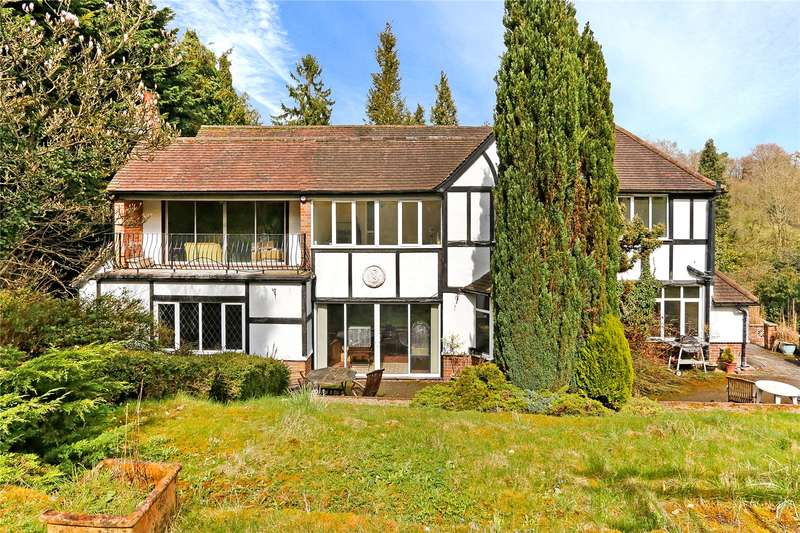 4 Bedrooms Detached House for sale in Box Lane, Hemel Hempstead, Hertfordshire, HP3