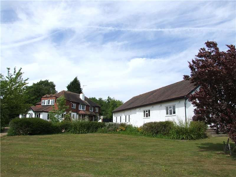 Detached House for sale in Common Lane, Radlett, Hertfordshire, WD7