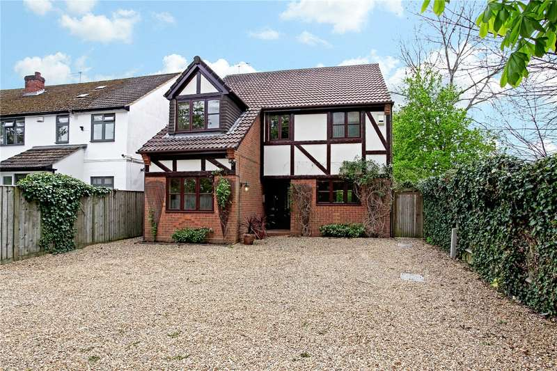 4 Bedrooms Detached House for sale in Dedworth Road, Windsor, Berkshire, SL4