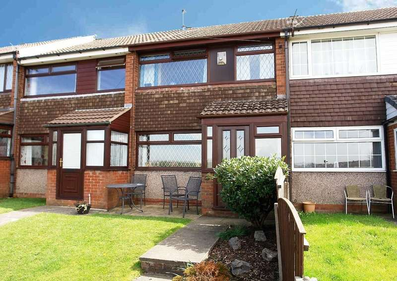 3 Bedrooms Town House for sale in 14 Parkgate Way, Shaw