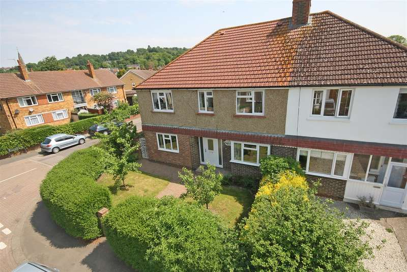 4 Bedrooms House for sale in Emlyn Road, Redhill