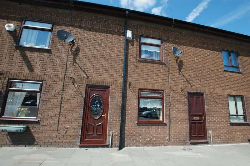 3 Bedrooms Terraced House for sale in Stopes Road, Manchester
