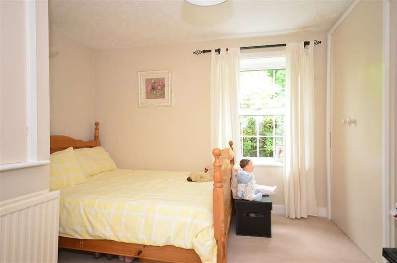 2 Bedrooms Cottage House for sale in Dukes Row, Cootham, West Sussex