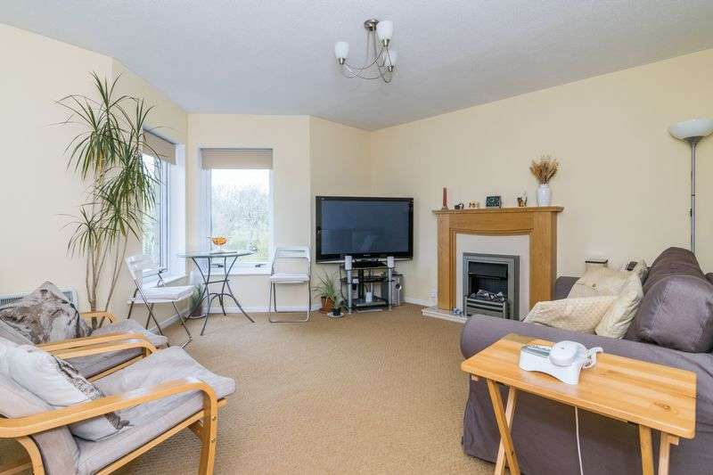 2 Bedrooms Flat for sale in 18/5 Balfour Place, Leith, Edinburgh, EH6 5DW