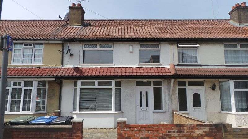 3 Bedrooms Terraced House for sale in Montagu Road, Edmonton, N9