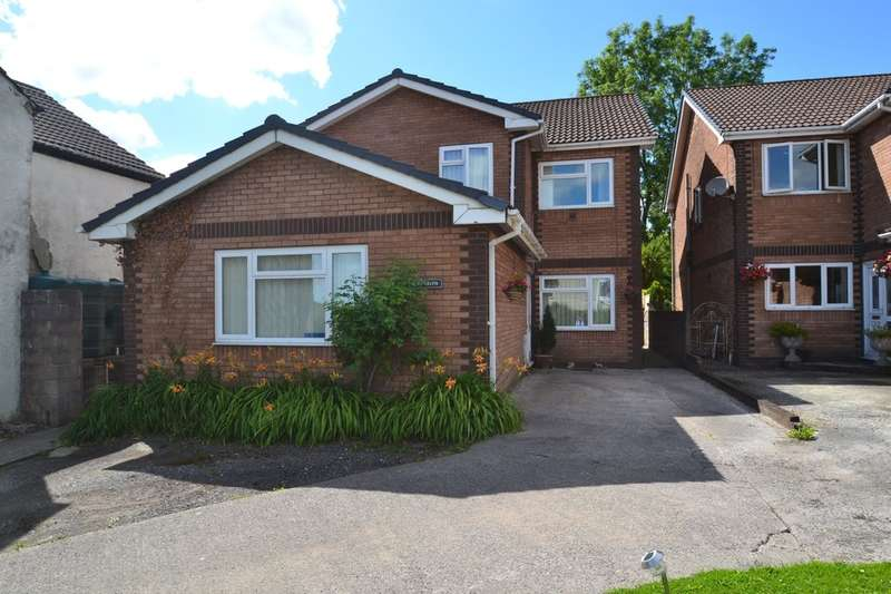 5 Bedrooms Detached House for sale in Llys Celyn, Hight Street, Heol-Y-Cyw, Bridgend, Bridgend County Borough, CF35 6HY
