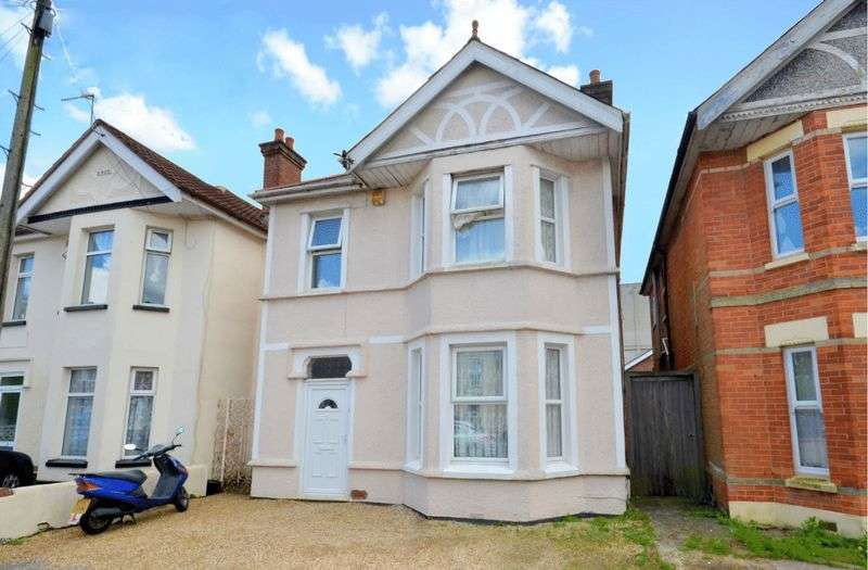 6 Bedrooms Detached House for sale in Moorfield Grove, Bournemouth