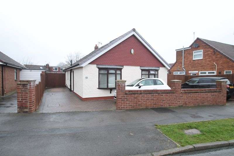 4 Bedrooms Detached Bungalow for sale in Laburnum Road, Ormesby