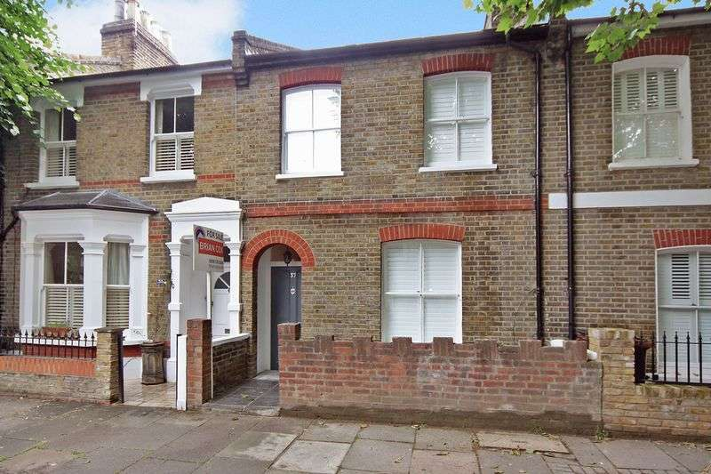 3 Bedrooms Terraced House for sale in Paxton Road, London