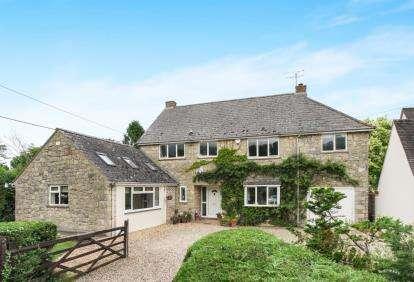 5 Bedrooms Detached House for sale in Hanging Langford, Salisbury, Wiltshire