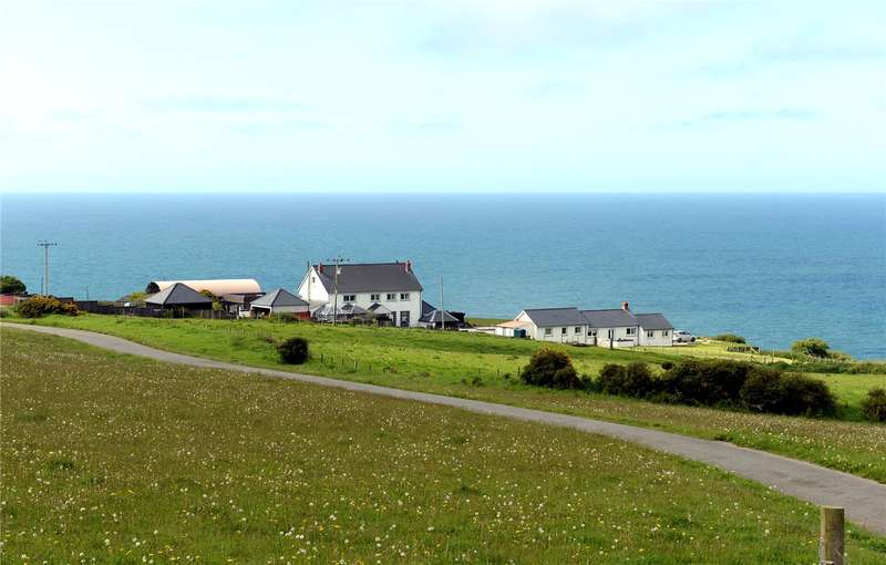 5 Bedrooms Farm House Character Property for sale in Nantmawr, Mwnt, Cardigan, Ceredigion
