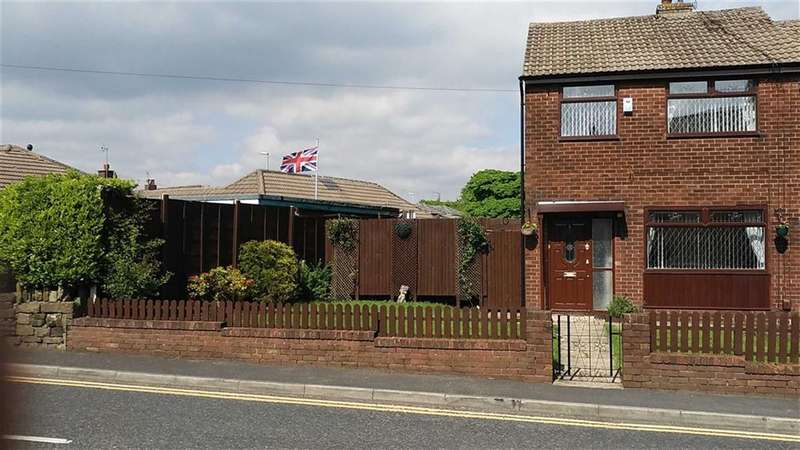 3 Bedrooms Property for sale in Constantine Street, Greenacres, Oldham, OL4