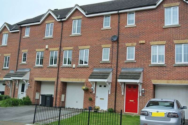 4 Bedrooms House for sale in Cirrus Drive, Nottingham
