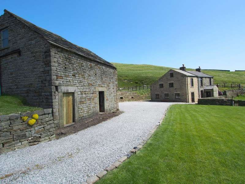 4 Bedrooms Farm House Character Property for sale in Hayfield Road, Chinley, High Peak, Derbyshire, SK23 6AL