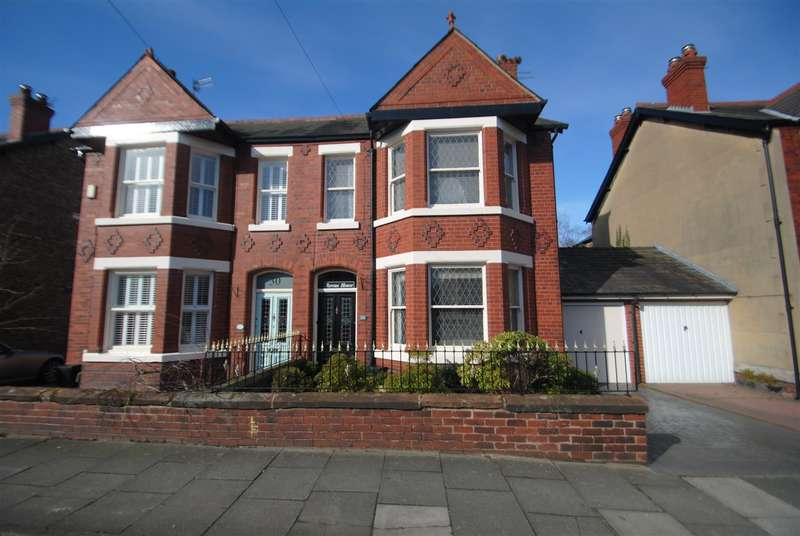 4 Bedrooms Property for sale in Whitefield Road, Stockton Heath, Warrington, WA4