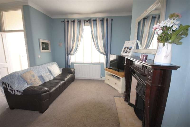 2 Bedrooms Terraced House for sale in Pearl Street, Springfield, Wigan, WN6