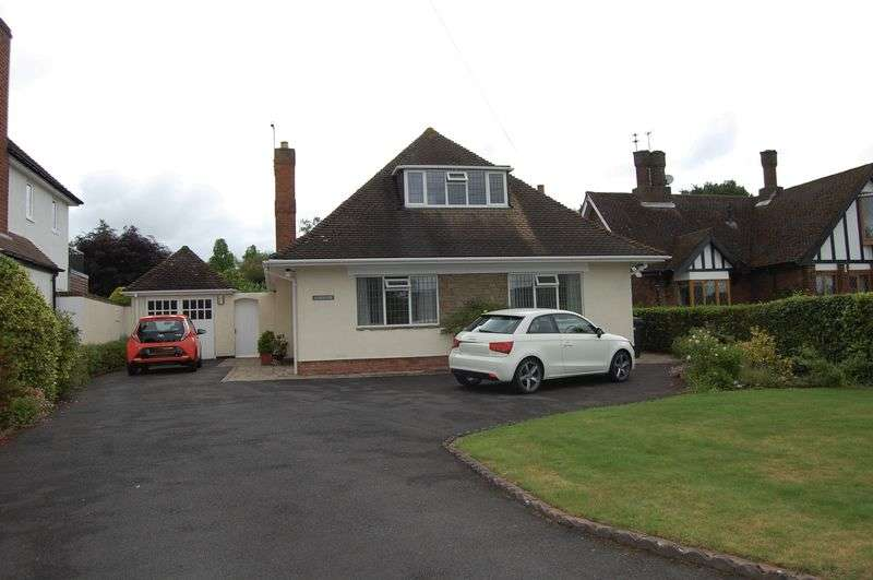 Detached House for sale in Shaw Lane, Wolverhampton