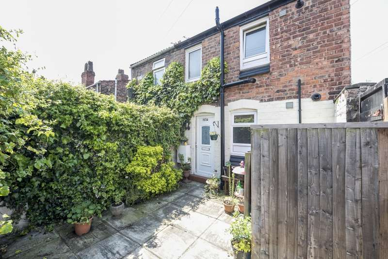 1 Bedroom Flat for sale in New Chester Road, Wirral, Merseyside, CH62