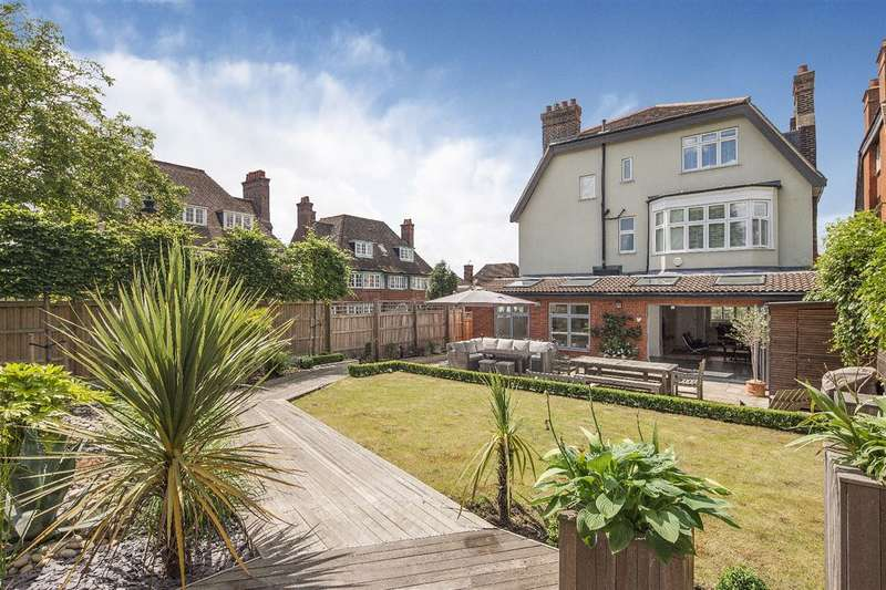 7 Bedrooms House for sale in Burgess Hill, The Hocrofts, NW2