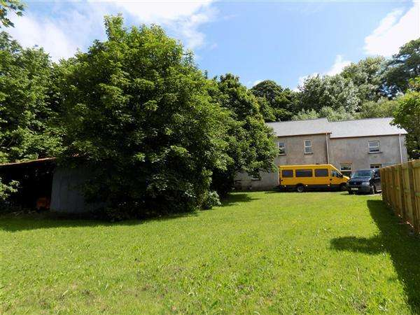 2 Bedrooms Detached House for sale in Prendergast Place Farm, Well Lane, Haverfordwest