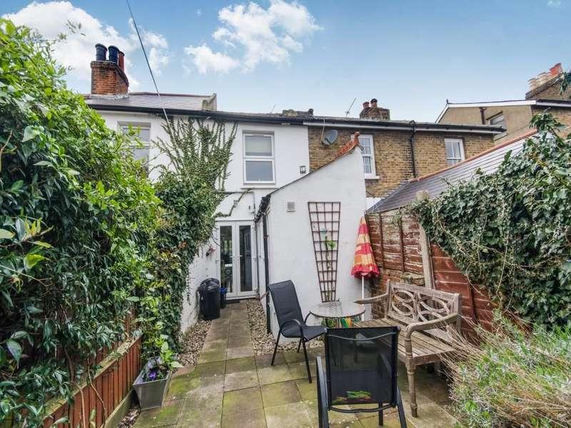 2 Bedrooms Property for sale in Queens Road, Teddington, TW11
