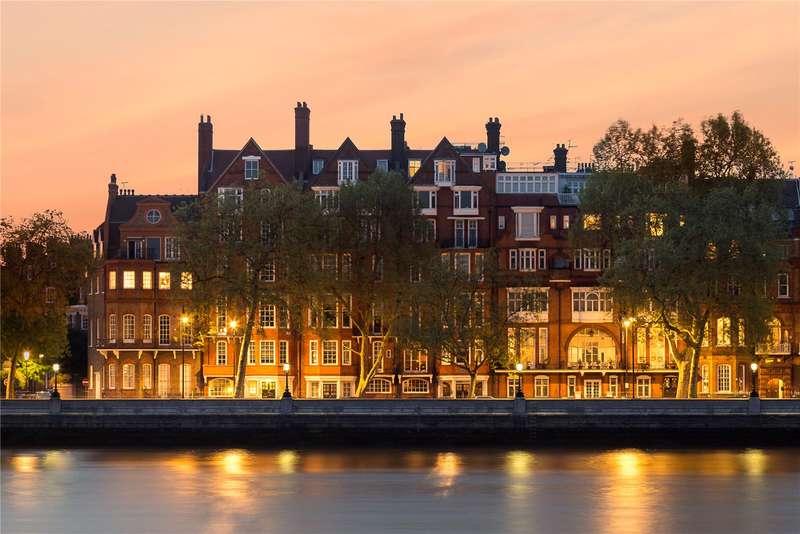 3 Bedrooms Flat for sale in Chelsea Embankment, London, SW3