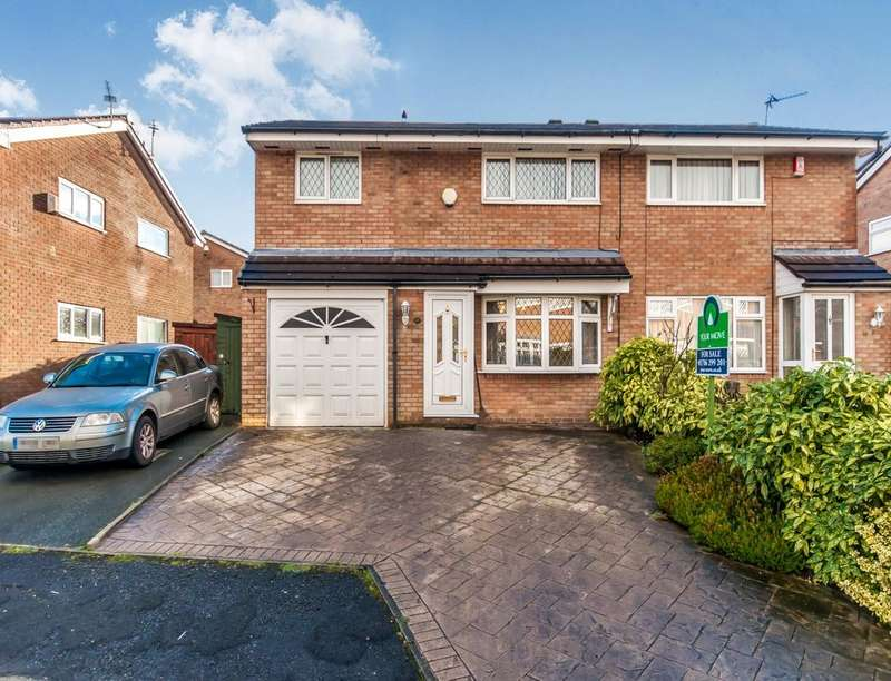 3 Bedrooms Semi Detached House for sale in Penthorpe Drive, Royton, Oldham, OL2