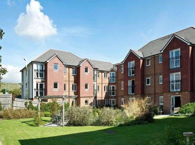 1 Bedroom Flat for sale in Laurel Court, Stanley Road, Folkstone: One bed first floor Assisted Living retirement apartment