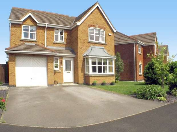 4 Bedrooms Detached House for sale in Honeysuckle Grove, Hesketh Bank, PRESTON, Lancashire