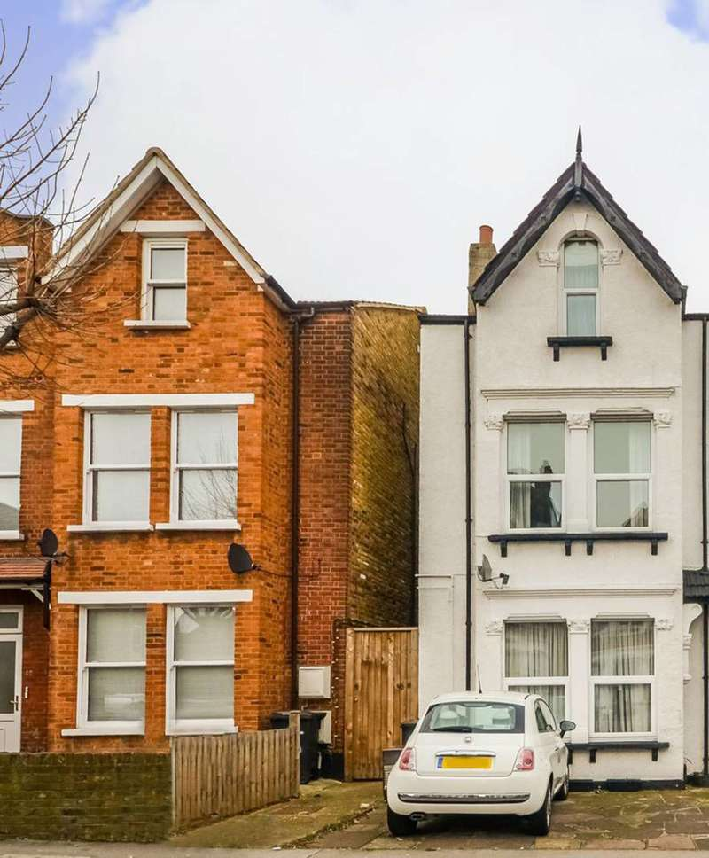 4 Bedrooms Maisonette Flat for sale in Whitworth Road, South Norwood, SE25