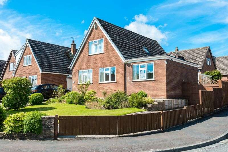 3 Bedrooms Detached House for sale in Manse Avenue, Wrightington