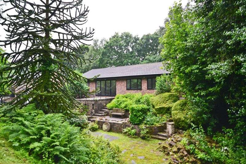 3 Bedrooms Detached Bungalow for sale in Calama,The Delph, Parbold