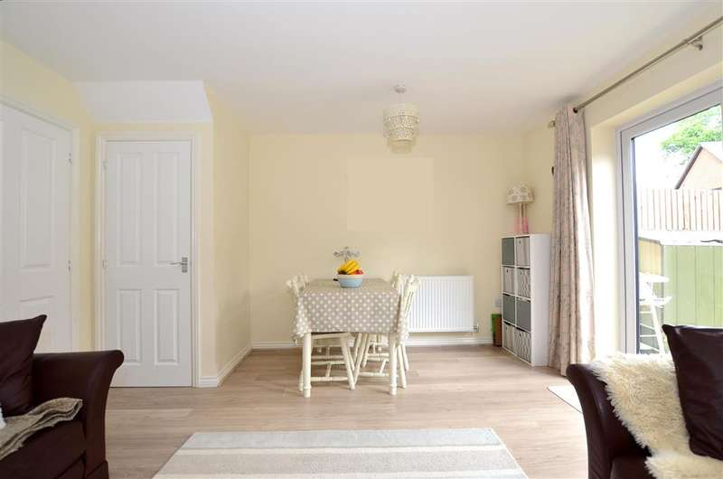 3 Bedrooms Terraced House for sale in Hawley Drive, West Malling, Kent