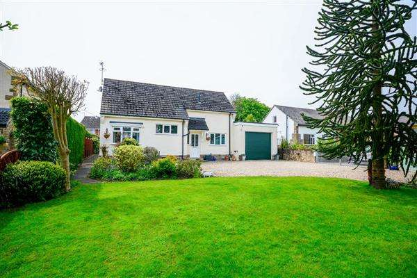 4 Bedrooms Detached House for sale in Forest Lane Head, Harrogate