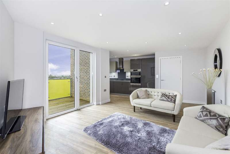 2 Bedrooms Flat for sale in Goldfinch Court, 713a Finchley Road, Childs Hill, NW11