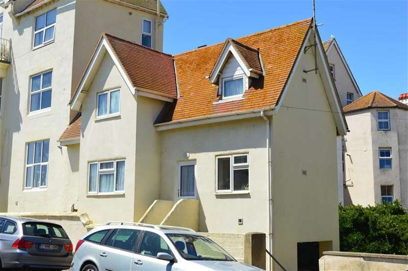2 Bedrooms Property for sale in Esplanade, Seaford, East Sussex