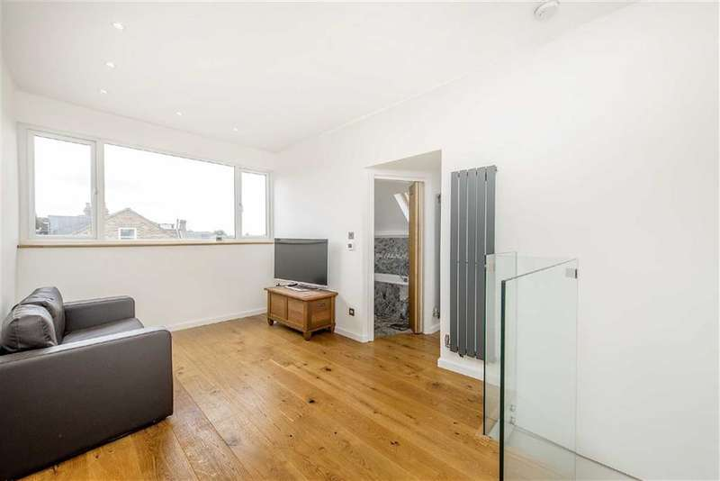 1 Bedroom Flat for sale in Estreham Road, Streatham