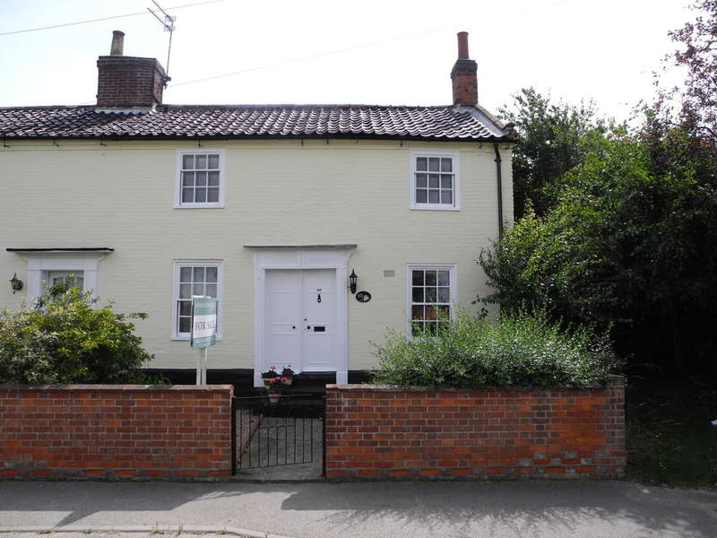 3 Bedrooms Cottage House for sale in High Street, Wrentham, Suffolk