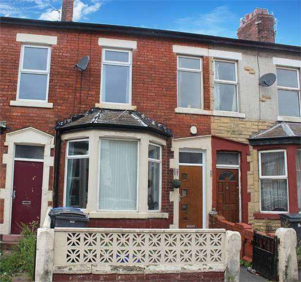 4 Bedrooms Terraced House for sale in Durham Road, Blackpool, Lancashire
